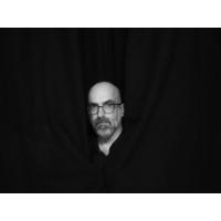 """Logo du podcast Valter Hugo Mãe: """"Vamos voltar a uma aparente normalidade, mas ainda mais degenerada e predadora"""""""