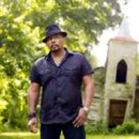 Logo du podcast Louisiana Legend Aaron Neville Sings Some Prayers (From the Archives)
