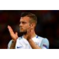 Logo du podcast EXCLUSIVE – Jack Wilshere tells England fans to 'concentrate on the football' after violence mars s…