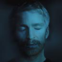 Logo du podcast Icelandic Pianist-Composer Ólafur Arnalds Highlights the Importance of Rituals