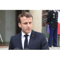 """Logo of the podcast Emmanuel Macron """"doit rendre à la France espoir et fierté"""" dit Olivier Mazerolle"""