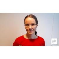 Logo of the podcast Miksi EU-puheenjohtajuudesta on puheenjohtajamaalle niin vähän hyötyä, dosentti Hanna Ojanen?