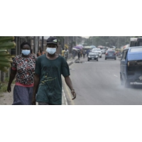 Logo du podcast Covid-19 : l'Afrique relativement épargnée