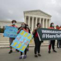 Logo du podcast Politics with Amy Walter: What Happens to Immigration and DACA Under the Biden Administration?