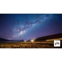 Logo of the podcast James Peebles ahersi vuosikymmeniä ja selitti galaksien syntyä maailmankaikkeuteen – palkittiin vii…