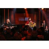 "Logo of the podcast Claudio Capéo en concert dans ""Le Grand Studio RTL"""