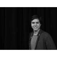 """Logo du podcast Afonso Reis Cabral: """"À primeira oportunidade haverá uma catarse coletiva. Em pouco tempo voltamos a…"""