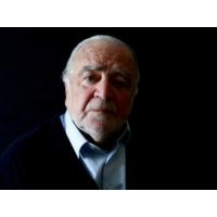 Logo du podcast Palavra de autor #10 Manuel Alegre: O poeta que destrói poemas para ninguém publicar depois da sua …