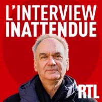 """Logo du podcast L'Interview inattendue - 3. Hervé Le Tellier """"curieux"""" de voir son roman """"L'Anomalie"""" adapté en sér…"""