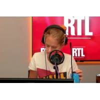 Logo of the podcast LaREM : l'appel à quitter LR de Sébastien Lecornu laisse des traces dans son fief