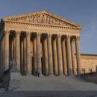 Logo du podcast Biden Announces Commission to Explore Reforming the Supreme Court 2021-04-12