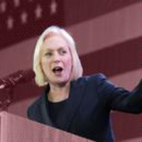 Logo du podcast Kirsten Gillibrand's Path to Power