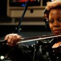 Logo du podcast Regina Carter: A Jazz Violinist Explores Her Southern Roots (From the Archives)