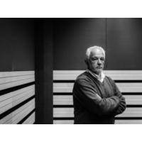 """Logo du podcast José Gameiro: """"A preguiça é um direito de cada um de nós, o direito de não fazer nada. As melhores …"""