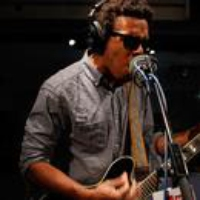 Logo du podcast Guitarist/Singer Benjamin Booker's Potent Cocktail of Punk & Soul (Archives)