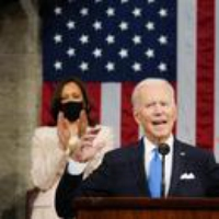 Logo du podcast Biden Administration Proposes $1.8 trillion Plan for Childcare, Family Leave and Tuition-Free Commu…