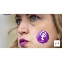 Logo du podcast Naiset nousivat kapinaan Sveitsissä