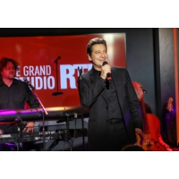 "Logo of the podcast Laurent Gerra chante dans ""Le Grand Studio RTL"""