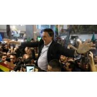 Logo of the podcast Brésil: Opération séduction pour l'extrême droite
