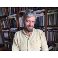 """Logo du podcast Palavra de Autor #2. José Riço Direitinho: """"Não sei se o livro é pornográfico. A pornografia é o er…"""