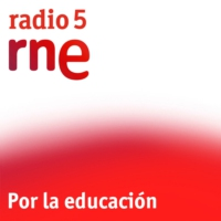 Logo of the podcast Por la educación - Universidades y Trump - 03/02/17