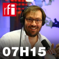 Logo of the podcast 07H15