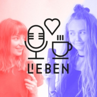 "Logo of the podcast Selbstdarstellung in ""Generation Z"" mit Mika (17) und Pia (28)"