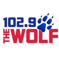 Logo de la radio KMNB 102.9 The Wolf