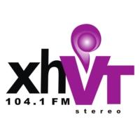 Logo de la radio XEVT 104.1 FM