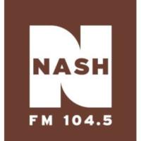 Logo de la radio WKAK 104.5 Nash FM