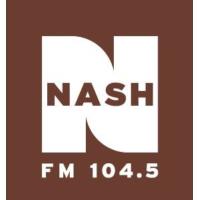 Logo de la radio WKAK-FM Nash FM 104.5