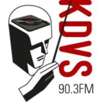 Logo de la radio KDVS 90.3 FM