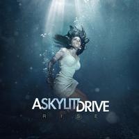 Couverture du titre Rise (Deluxe Version)