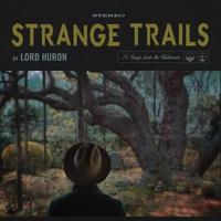 Couverture du titre Strange Trails