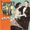 Couverture de l'album Lawrence Welk Swings