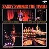 Couverture de l'album Sassy Swings the Tivoli (Live)